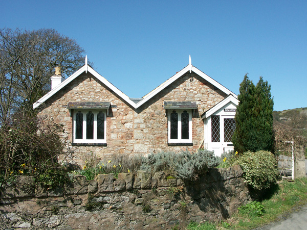 Pabo Lodge Pet-Friendly Cottage, Llandudno, North Wales (Ref 1719),Llandudno