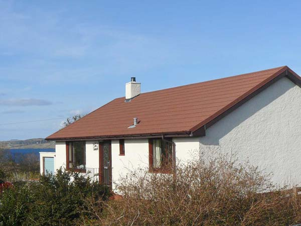 Cnoc Grianach Pet-Friendly Cottage, Portree, Highlands And Islands (Ref 20748),Portree