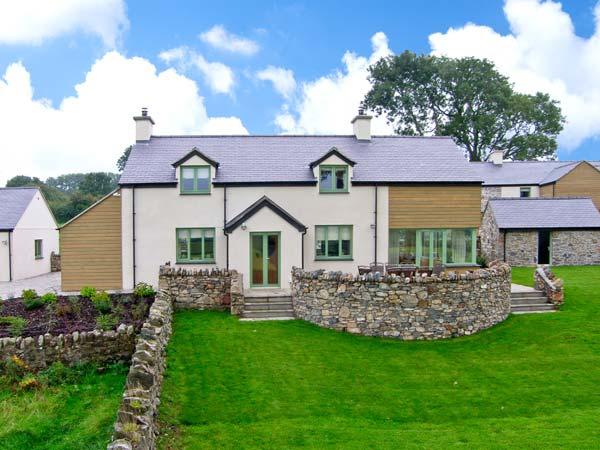 Dolwaenydd Family Cottage, Newborough, North Wales (Ref 22923),Menai Bridge