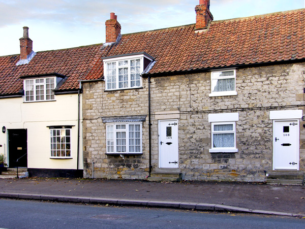 Alfie's Place Pet-Friendly Cottage, Pickering, North York Moors & Coast (Ref 2733),Pickering
