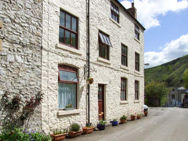 Barn Cottage Pet-Friendly Cottage, Litton Mill In Miller's Dale, Peak District (Ref 3937), The,Buxton