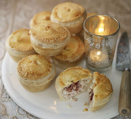 Mini Turkey and Cranberry Pies