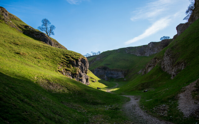 Castleton and Cave Dale - Best Pub Walks in the Peak District