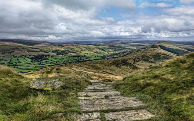Edale to Mam Tor - Best Pub Walks in the Peak District
