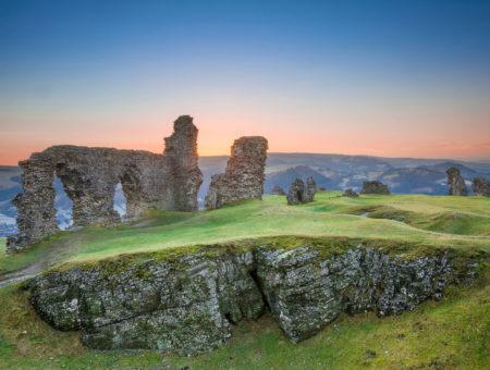 Castell-Dinas-Bran,-Crow-Castle,--Llangollen