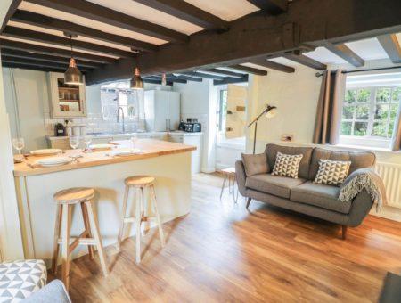 4 Mason Court Open Plan Living Dining Room