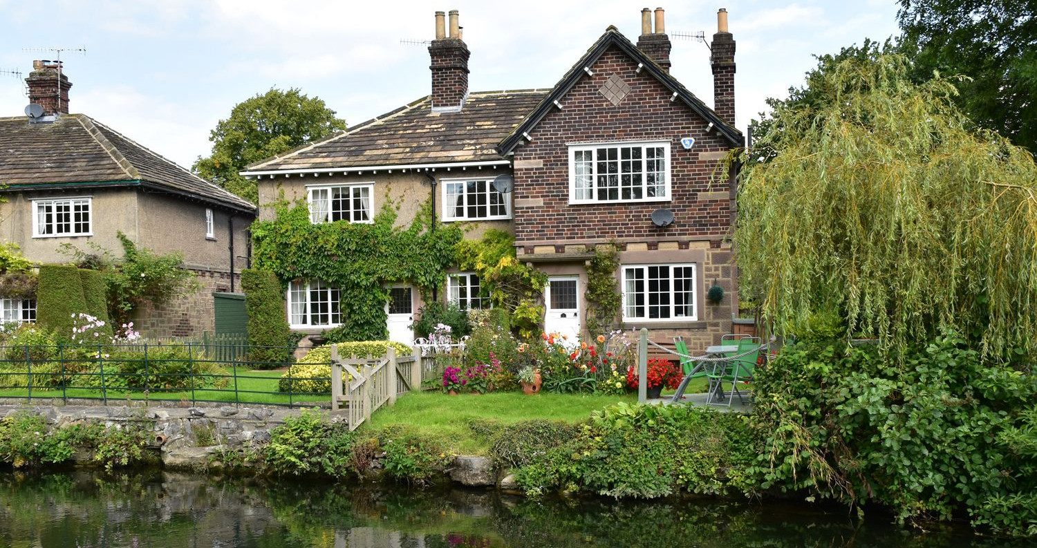 Willow Cottage River