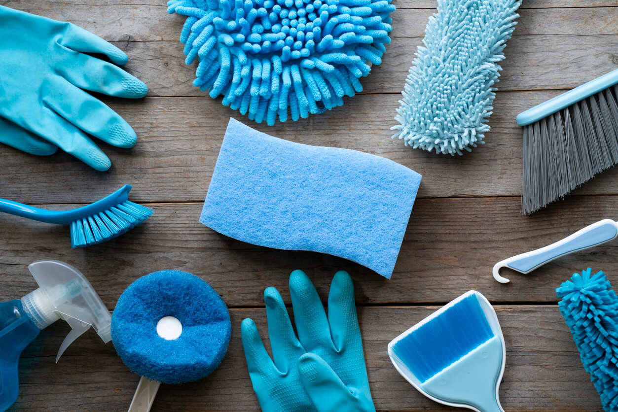 holiday let cleaning covid