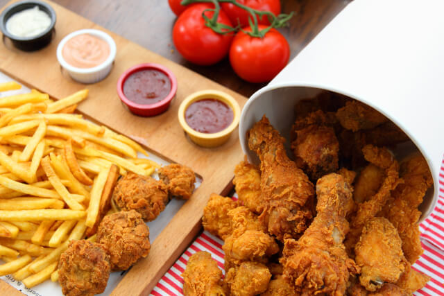 Fried chicken bucket and chips