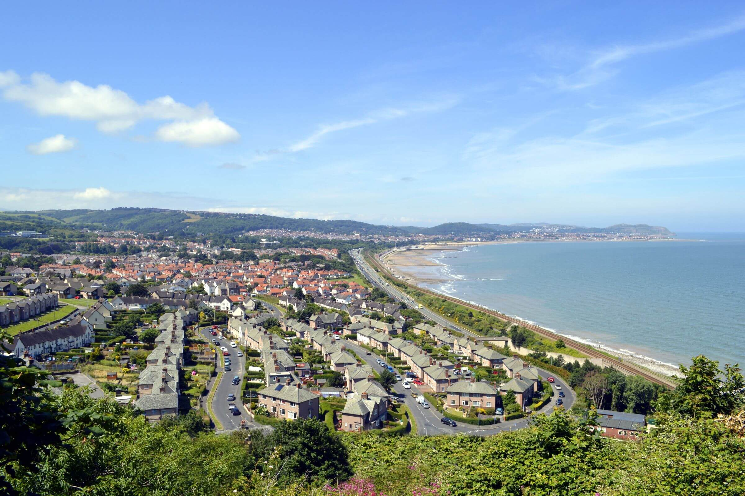 Travel Guide To Colwyn Bay Visitor Information Sykes