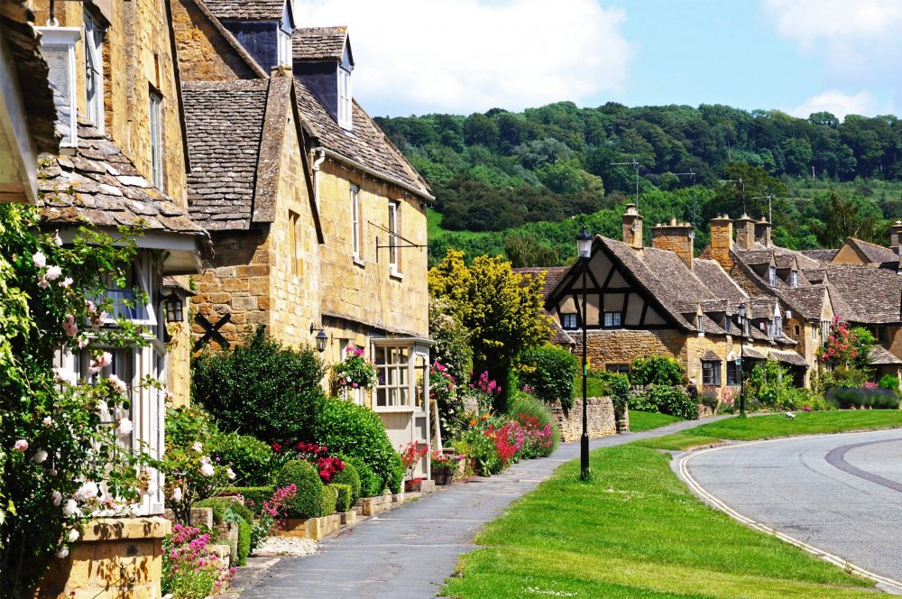 holidays in cotswolds