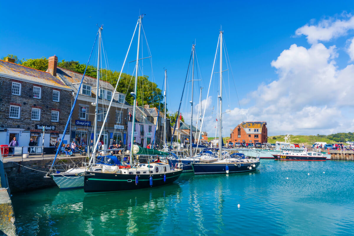 boats padstow harbour cornwall