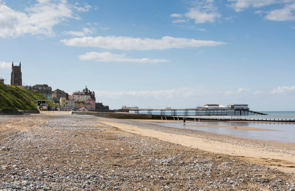 pier and beach in cromer