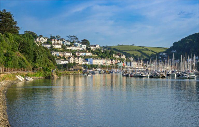 yachts on dartmouth estuary
