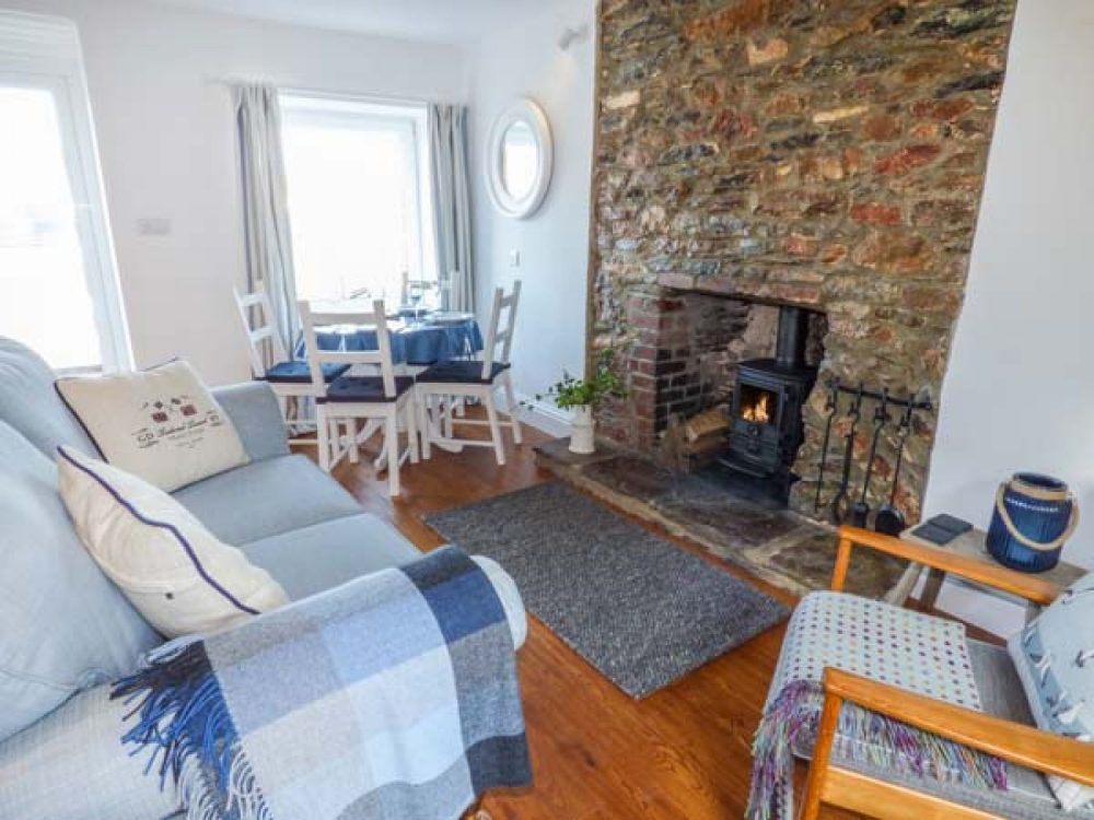 luxury cottages in salcombe