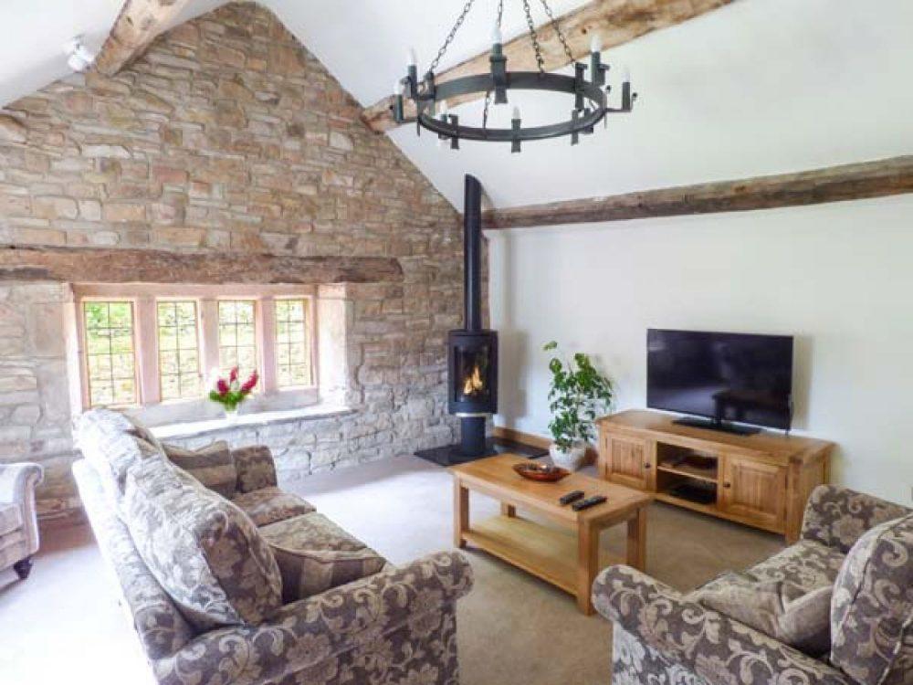 luxury cottages whaley bridge