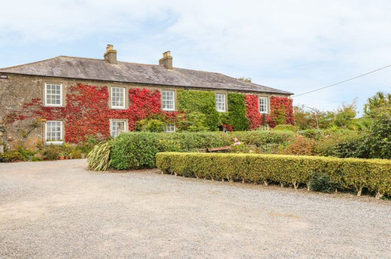 where to stay in Ireland