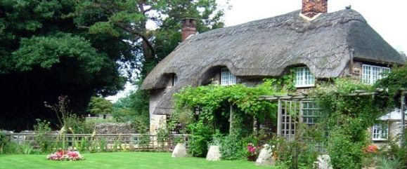 thatched roof cottage self catering holiday cottages