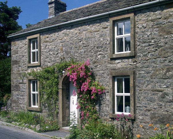 Hillfoot Pet-Friendly Cottage, Selside, Yorkshire Dales (Ref 1014)
