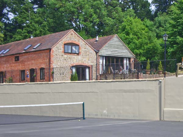 Turnip House Pet-Friendly Cottage, Cardington Near Church Stretton, Heart Of England (Ref 1020)