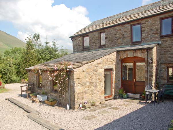 Knott View Countryside Cottage, Sedbergh, Cumbria & The Lake District (Ref 1097)