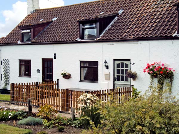 1 The Homestead Pet-Friendly Cottage, Osgodby, East Anglia (Ref 11146)
