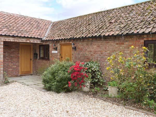 Manor Barn Family Cottage, Hagworthingham, East Anglia (Ref 11494)