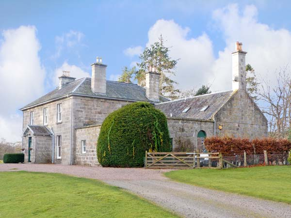 Inverallan House Pet-Friendly Cottage, Grantown-On-Spey, Inverness-Shire, Highlands And Islands (Ref 12349)