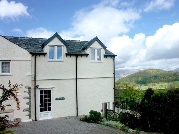 Stoneyacre Family Cottage, Braithwaite, Cumbria & The Lake District (Ref 1387)