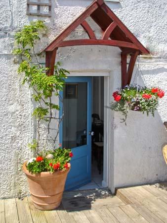 102 Gills Cliff - The Deck Studio Beach Cottage, Ventnor, South Coast (Ref 14256)
