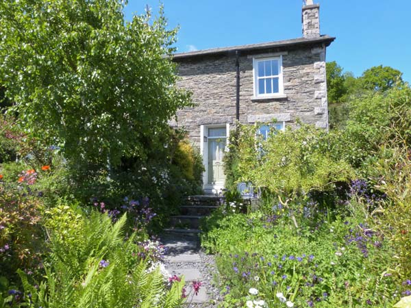 2 Beacon High Coastal Cottage, Lindale, Cumbria & The Lake District (Ref 1537)