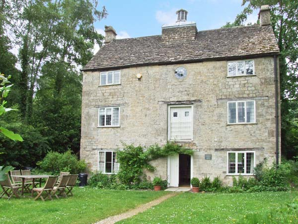 Grist Mill Family Cottage, Uley, Cotswolds (Ref 16663)