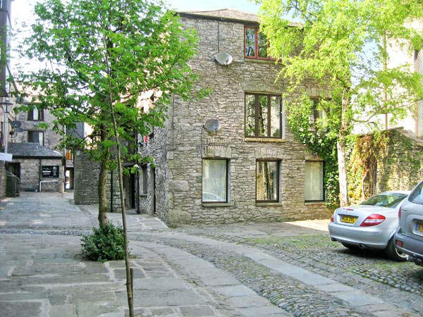 9 Camden Building Family Cottage, Kendal, Cumbria & The Lake District (Ref 17785)
