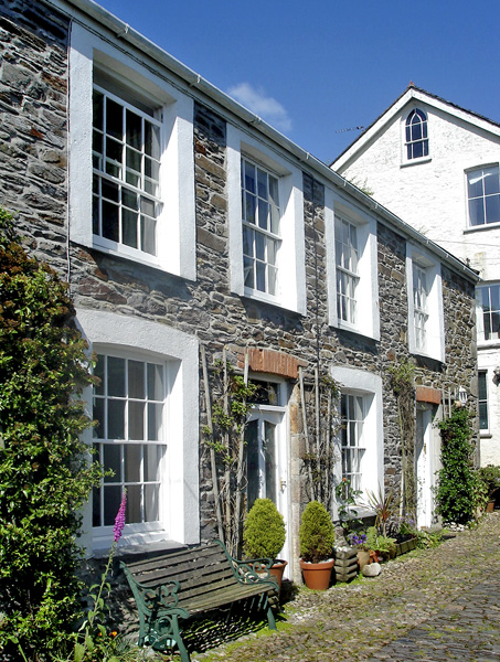 4 Elm Terrace Pet-Friendly Cottage, Mevagissey, South West England (Ref 2012)