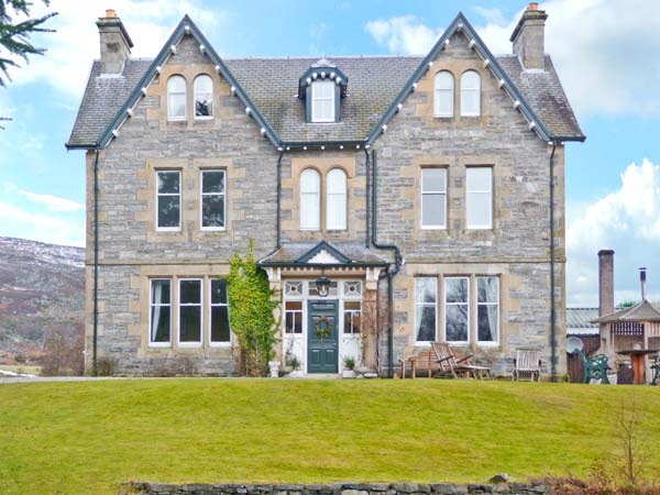 Suidhe Lodge Pet-Friendly Cottage, Kincraig, Highlands And Islands (Ref 22429)