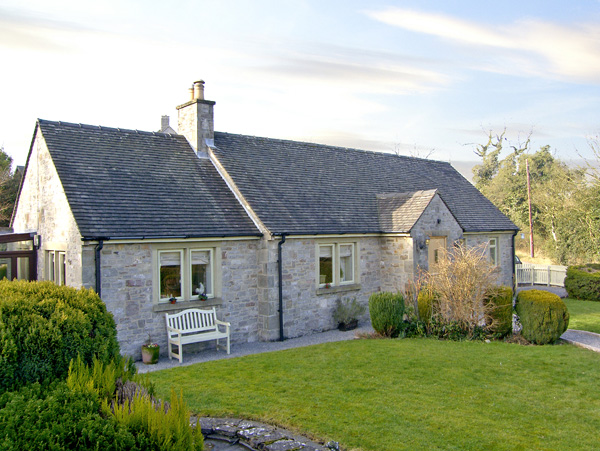 The Rest Family Cottage, Thorpe, Peak District (Ref 2382)