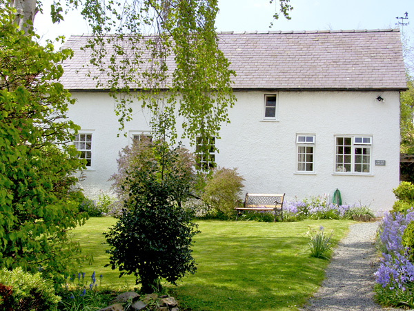 The Old Surgery  Cottage, Bishops Castle, Heart Of England (Ref 2480)