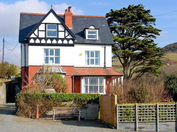 Brodawel House Pet-Friendly Cottage, Aberdovey, Mid Wales (Ref 2839)