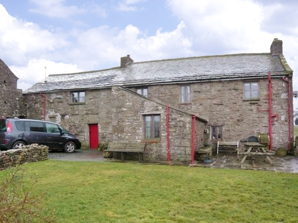 Wray Green Pet-Friendly Cottage, Ravenstonedale, Cumbria & The Lake District (Ref 2888)