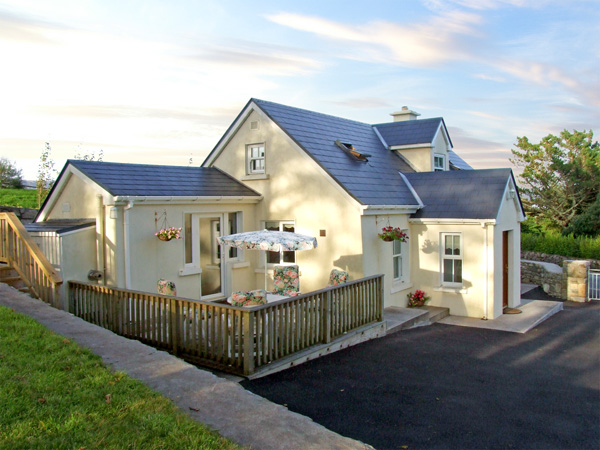 1 Clancy Cottages Beach Cottage, Kilkieran, County Galway, West (Ref 3706)