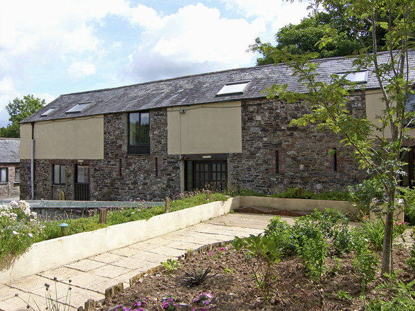 Hardstone Barn Pet-Friendly Cottage, Launceston, South West England (Ref 4192)