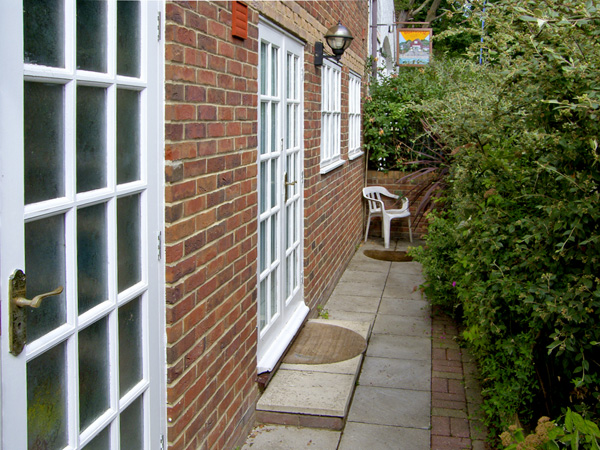 Sail Loft Annexe Pet-Friendly Cottage, Yarmouth, Isle Of Wight, South Coast (Ref 4222)