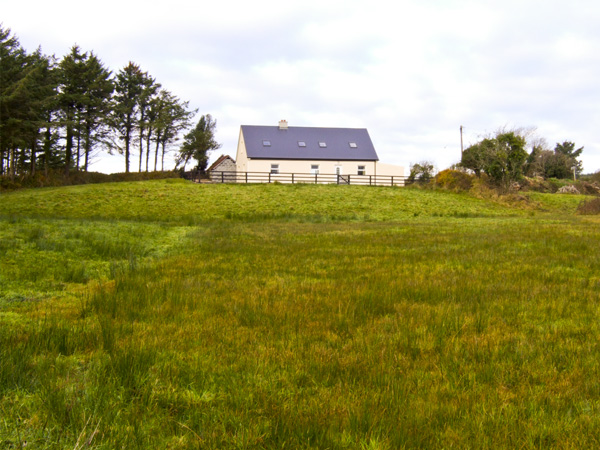 Curragh View Pet-Friendly Cottage, Miltown Malbay, County Clare, Shannon (Ref 4454)