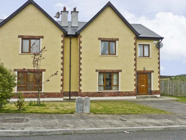 Kelly Cottage Pet-Friendly Cottage, Courtown, County Wexford, South East (Ref 4635)