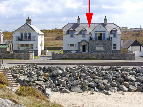 Anchorage House Beach Cottage, Trearddur Bay, North Wales (Ref 658)