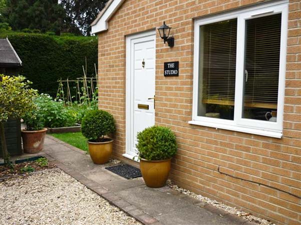 The Studio Pet-Friendly Cottage, Stratford-Upon-Avon, Cotswolds (Ref 6901)