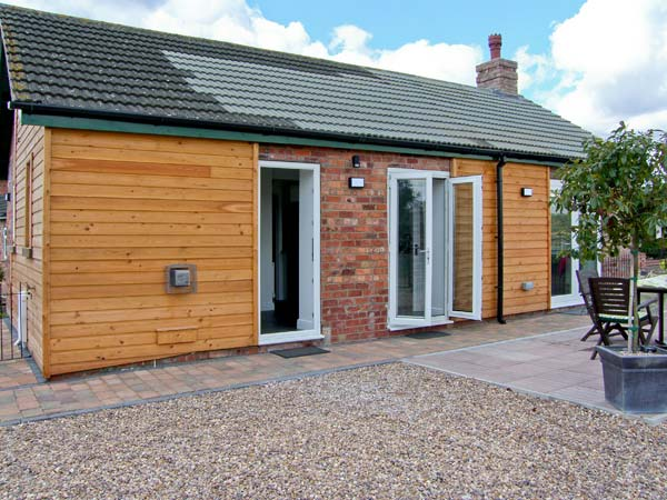Roe Deer Cottage Pet-Friendly Cottage, Lincoln, East Anglia (Ref 8139)