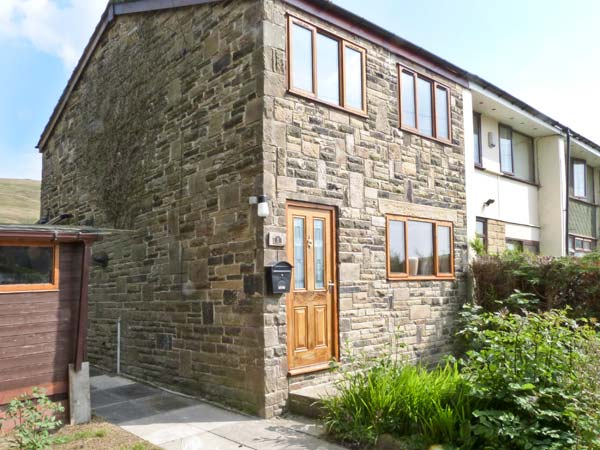 1 Fell Side Pet-Friendly Cottage, Todmorden, Yorkshire Dales (Ref 8319)