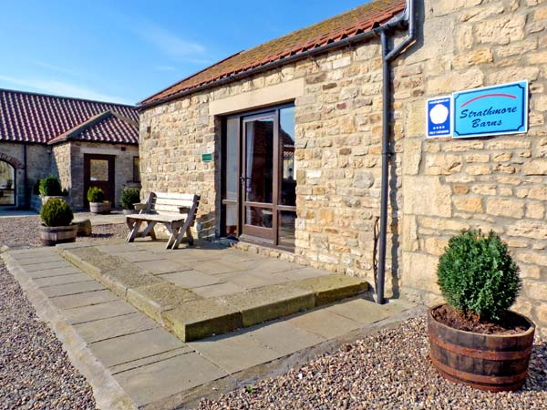 Butterwick Pet-Friendly Cottage, Staindrop Near Barnard Castle, Yorkshire Dales (Ref 896)