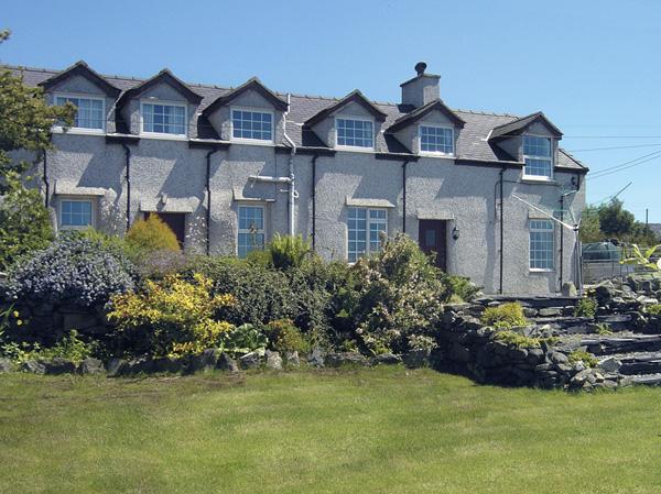 Glan Y Gors Pet-Friendly Cottage, Llanberis, North Wales (Ref 924)